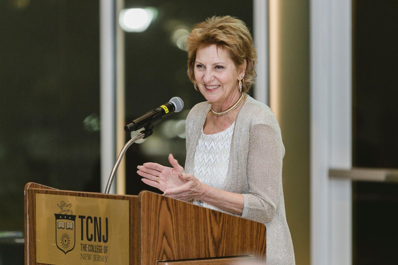 Lorraine Allen, Retiring Regional Director